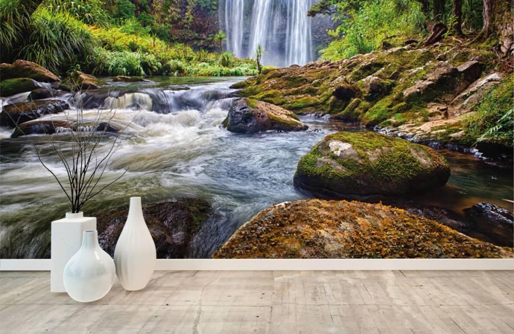 Vattenfall Vattenfall med stenar 7