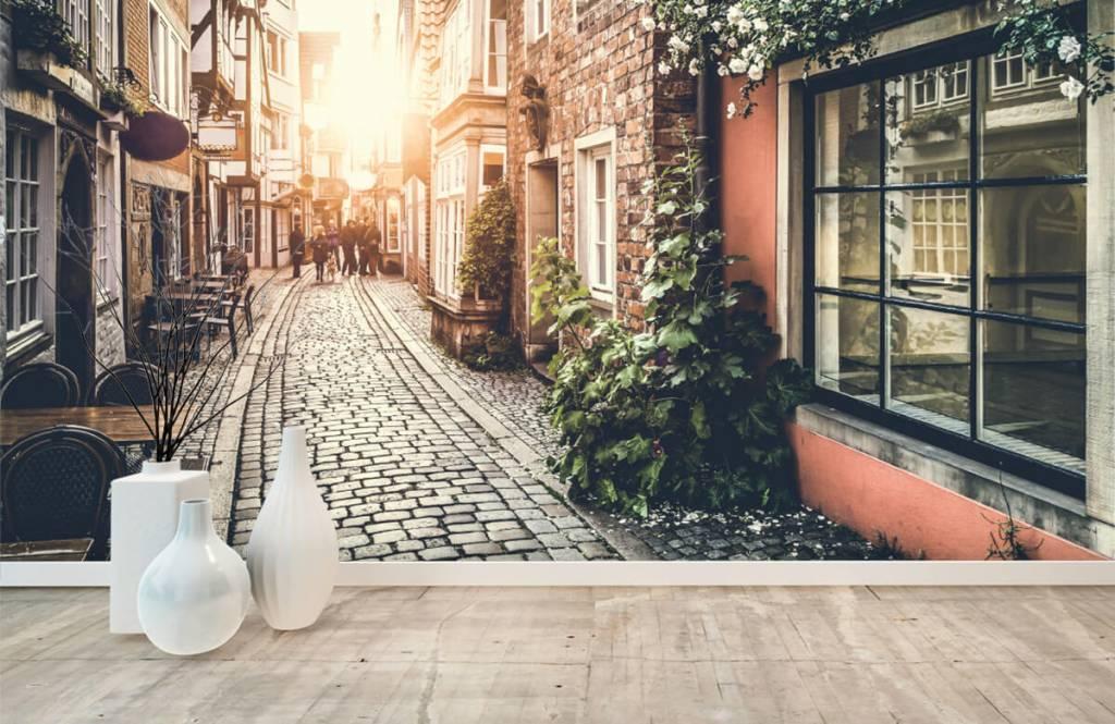 Städer tapet Solnedgång i en gammal gata 1