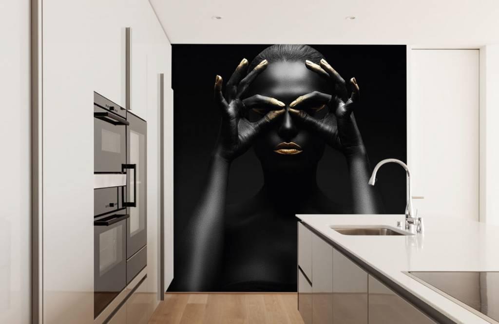 Ansikten och porträtt Svartmålad kvinna 2