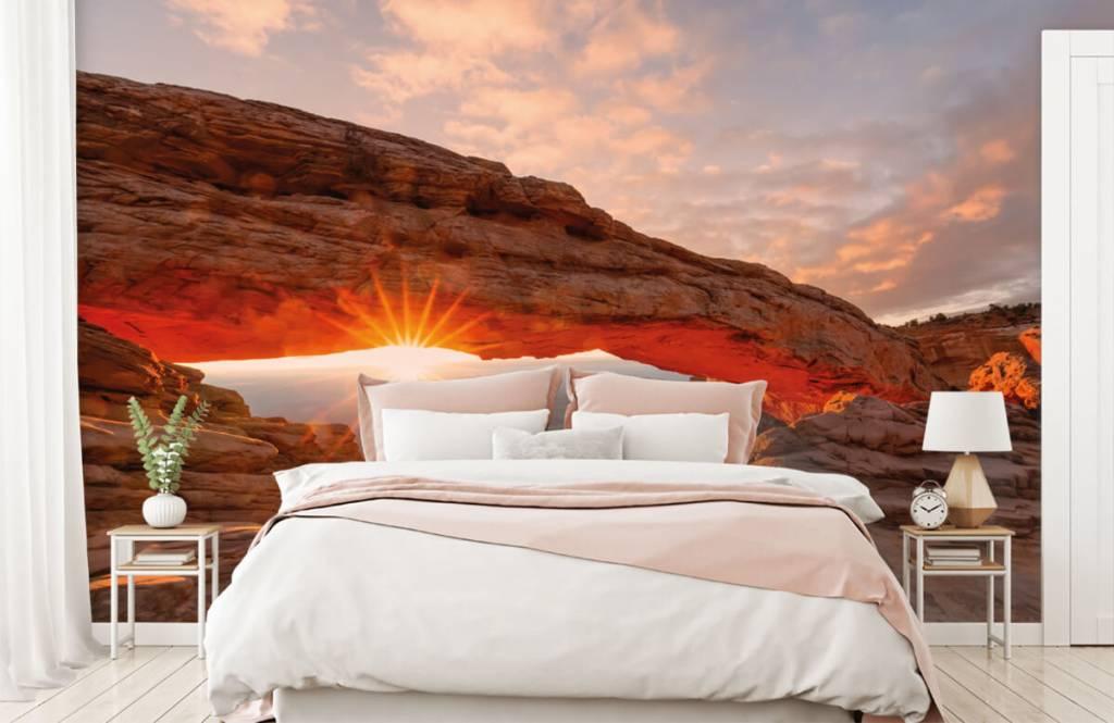 Berg Solnedgång under stenar 1