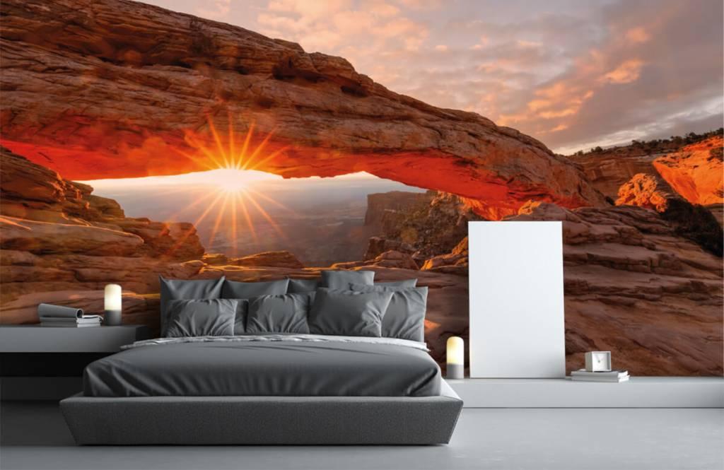 Berg Solnedgång under stenar 2