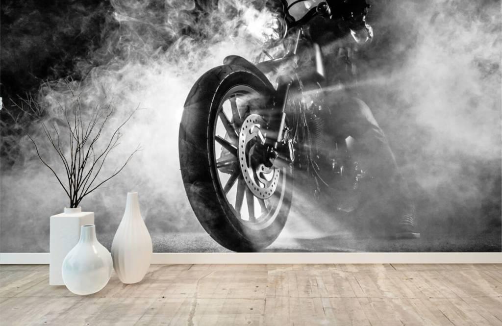 Svartvit tapet Motor med rök 8