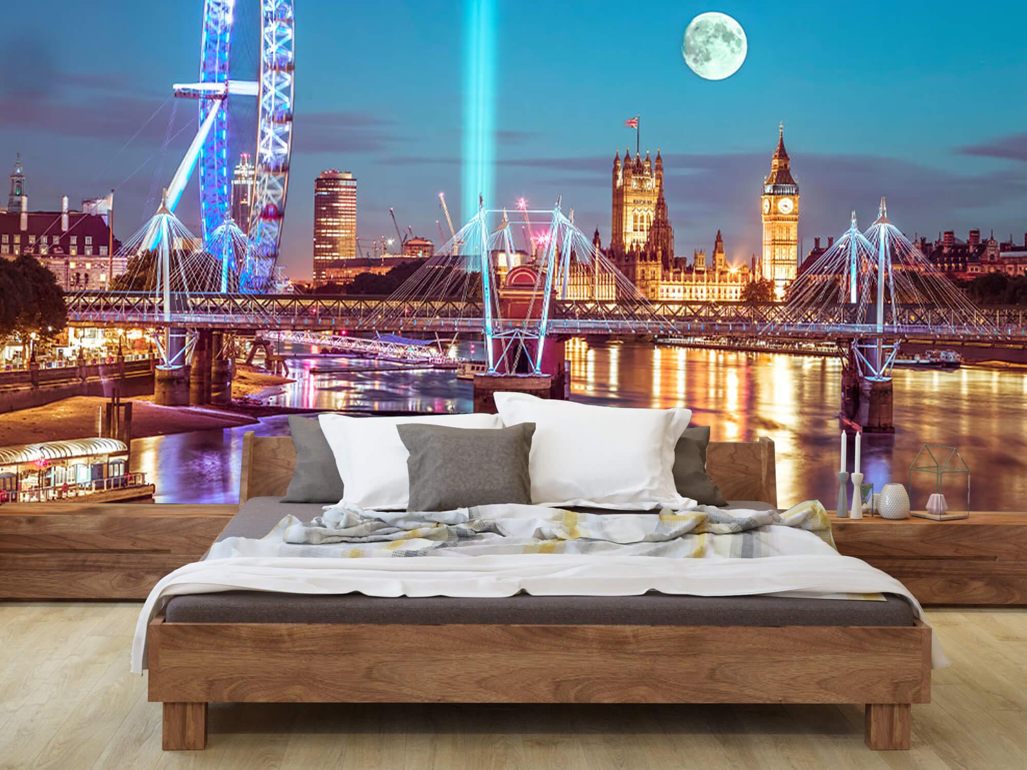 Westminster med fullmåne 13