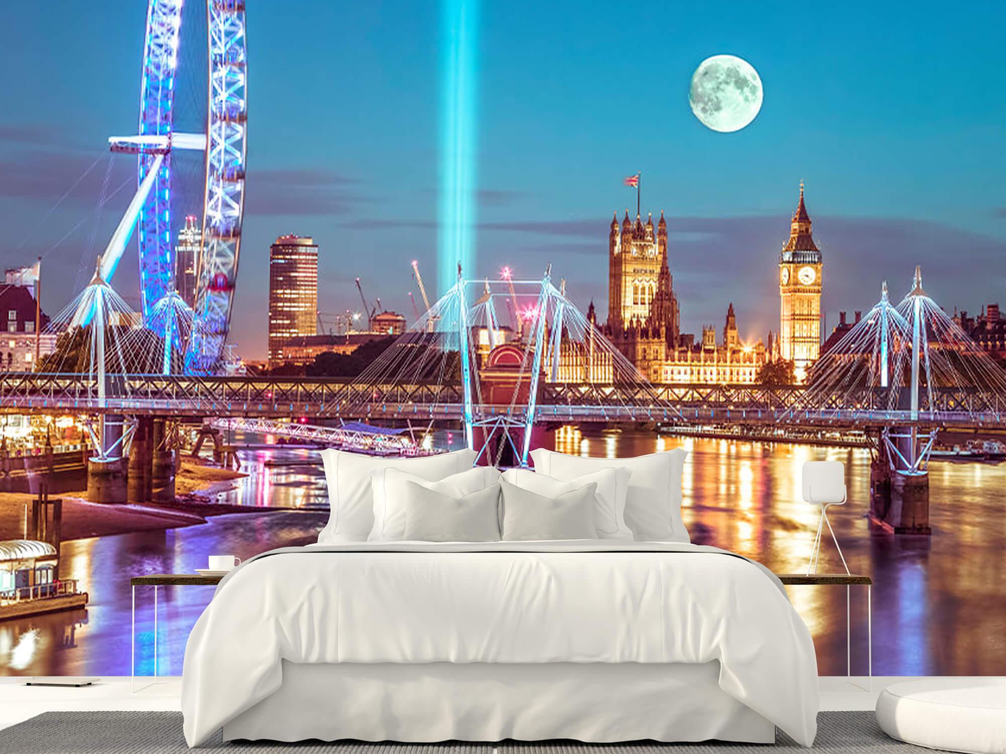 Westminster med fullmåne 18