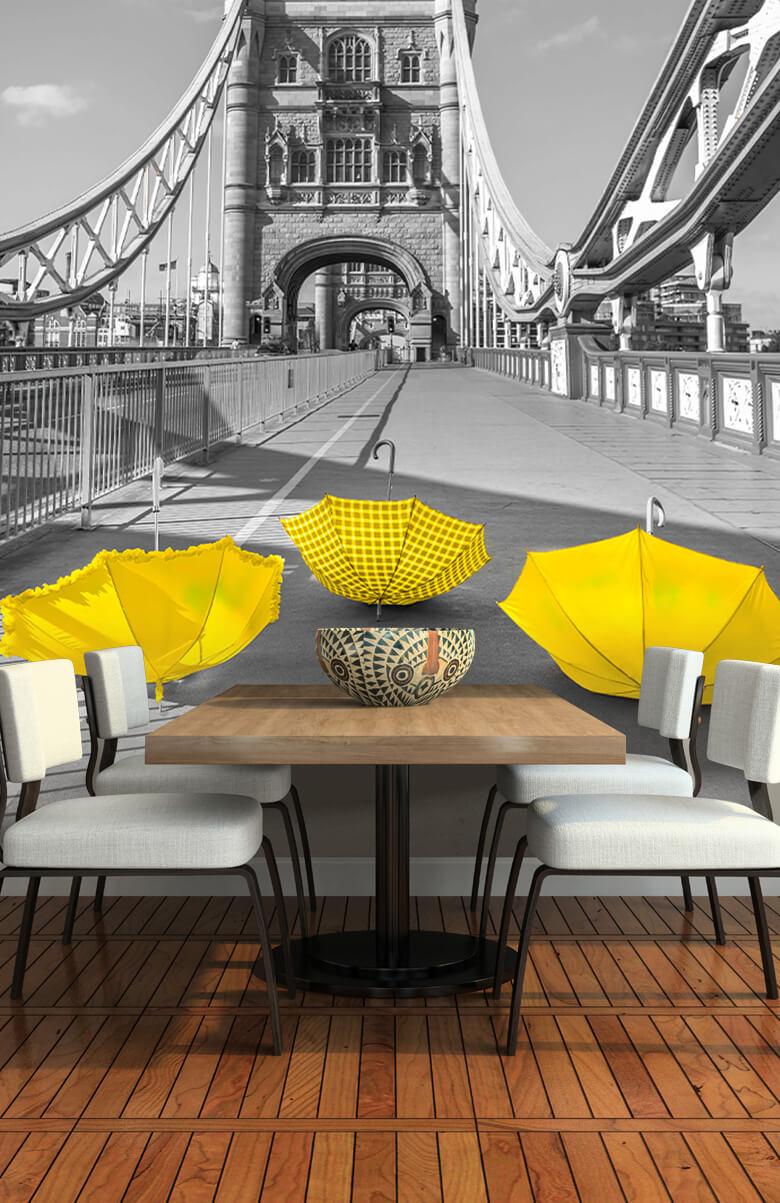 Gula paraplyer på Tower Bridge 10