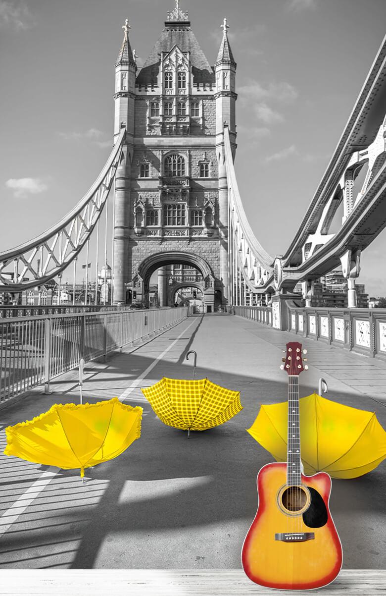Gula paraplyer på Tower Bridge 1